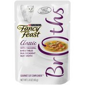 Fancy Feast Classic Mackerel & Vegetables In A Broth Wet Cat Food