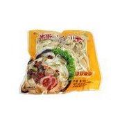 Sar Hor Fun Broad Noodles