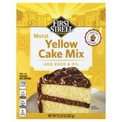 First Street Cake Mix, Yellow, Moist