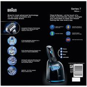 Braun 7Series Braun Series 7 760cc-4 Electric Foil Shaver with Clean & Charge Station Appliance