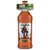 Captain Morgan Original Spiced Rum with Sliced Apple