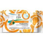 Olay Fresh Effects Olay Fresh Effects Clear Skin See Spot Swipe Oil-Reducing Wet Cloths for Acne-Prone Skin, 20 wet cloths per pack Female Skin Care