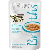 Fancy Feast Classic Broths With Tuna & Vegetables Cat Food Pouch