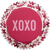 Wilton Valentine's Day XOXO Standard Cupcake Liners, 75-Count