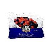First Street Blackberries, Blueberries, Strawberries & Raspberries Berry Medley