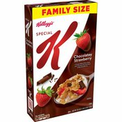 Kellogg's Special K Breakfast Cereal, 11 Vitamins and Minerals, Made with Real Strawberries, Chocolatey Strawberry