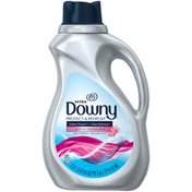 Downy Ultra Protect & Refresh Fabric Protect + Odor Defense April Fresh Fabric Conditioner