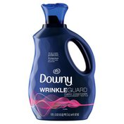 Downy Wrinkleguard Liquid Fabric Softener And Conditioner, Floral