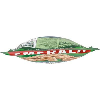 Emerald® Salt and Pepper Cashews
