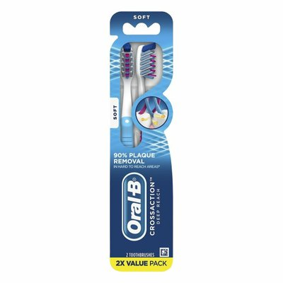 Oral-B Pro-Health Superior Clean Manual Toothbrush, Soft