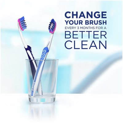 Oral-B 3D White Luxe Pro-Flex Manual Toothbrush, Soft Bristles