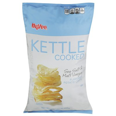 Hy-Vee Kettle Cooked, Sea Salt & Malt Vinegar Flavored Potato Chips