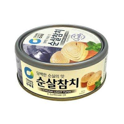 Chung Jung One Chunk Light Tuna Can