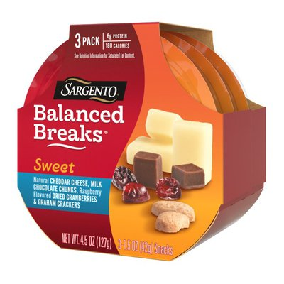 Sargento® Sweet Balanced Breaks® Natural Cheddar Cheese, Milk Chocolate Chunks, Raspberry Flavored Dried Cranberries and Graham Crackers