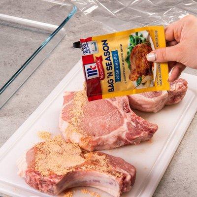 McCormick® Bag 'n Season® Pork Chops Cooking & Seasoning Mix