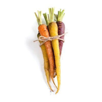 Organic Rainbow Carrot Bunch