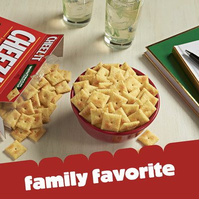 Cheez-It Cheese Crackers, Baked Snack Crackers, Office and Kids Snacks, White Cheddar