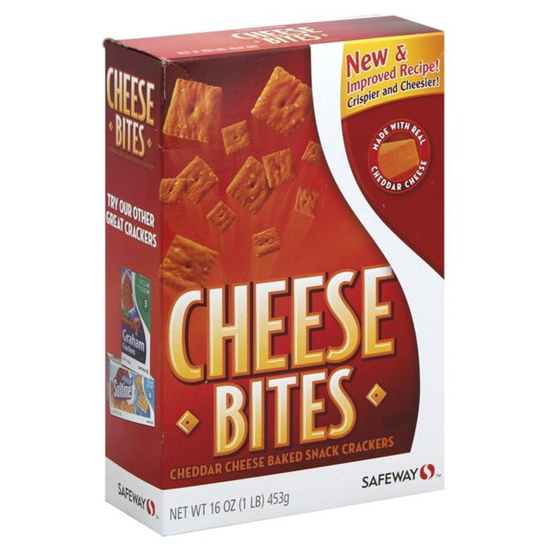 Signature Kitchens Cheddar Cheese Baked Snack Crackers